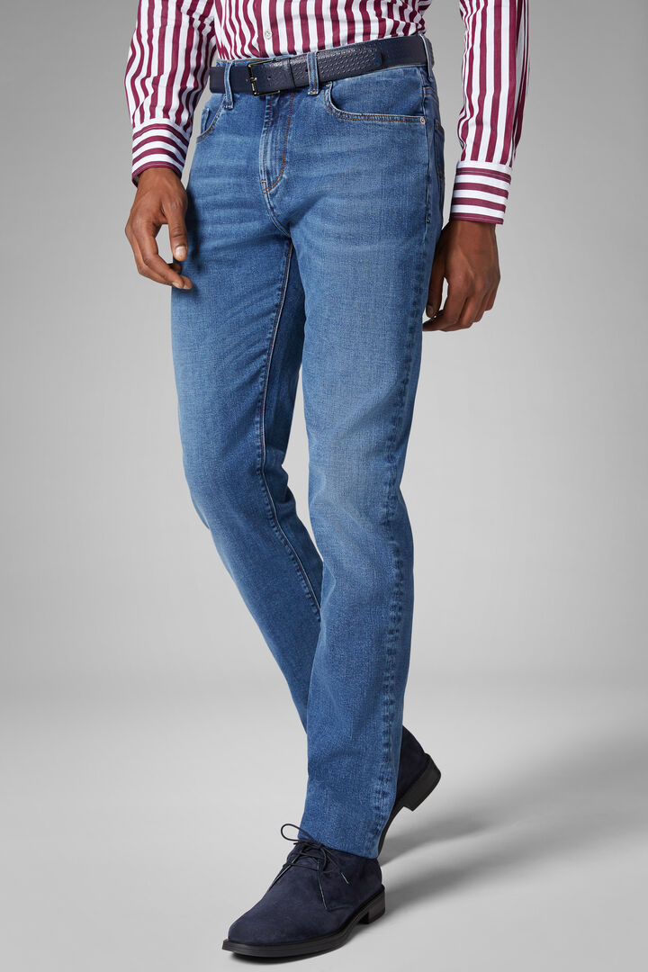 Regular Fit Medium Wash Denim 5 Pocket Jeans, Denim, hi-res