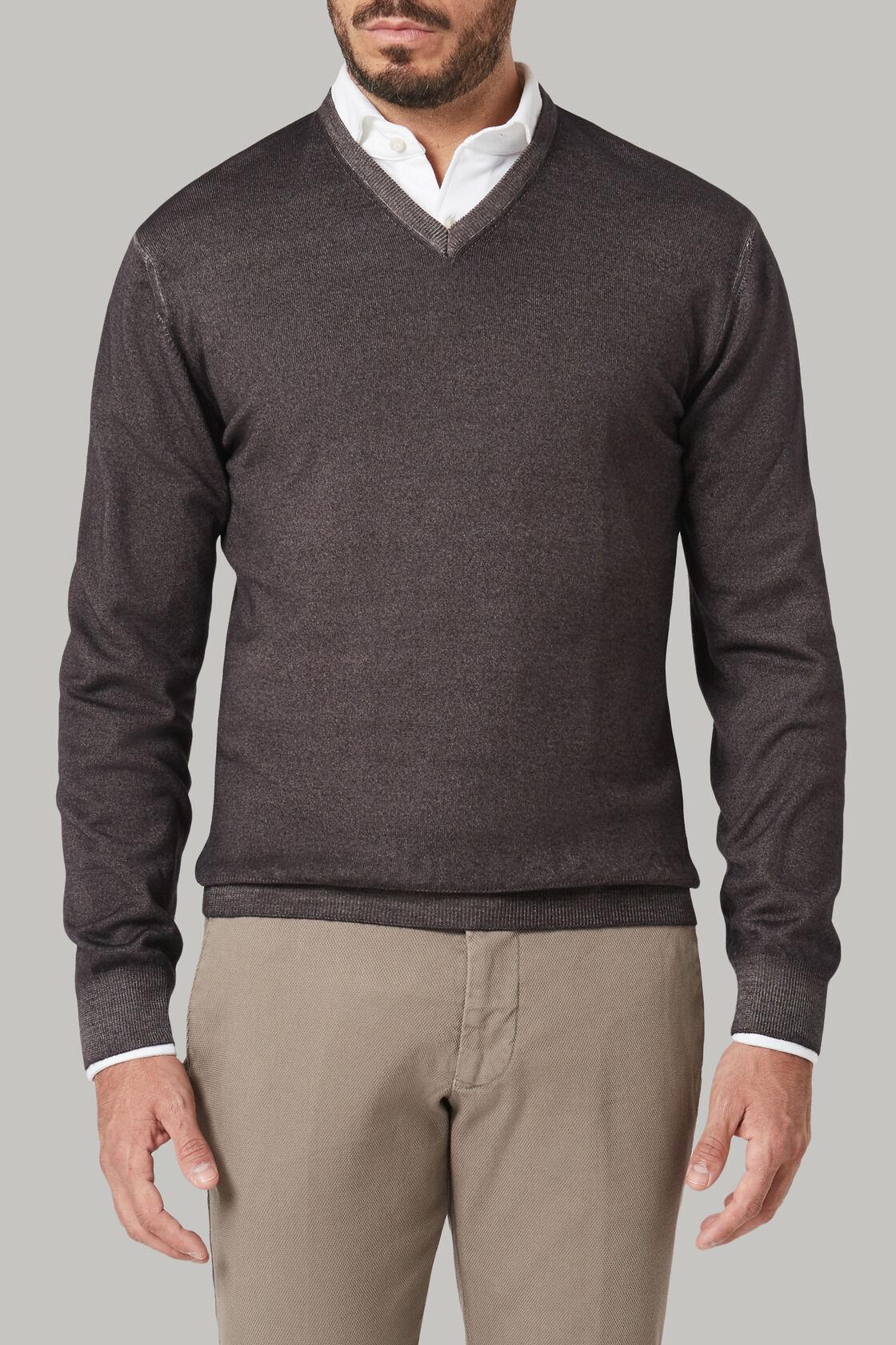 Dark brown merino wool v-neck pullover, Dark brown, hi-res