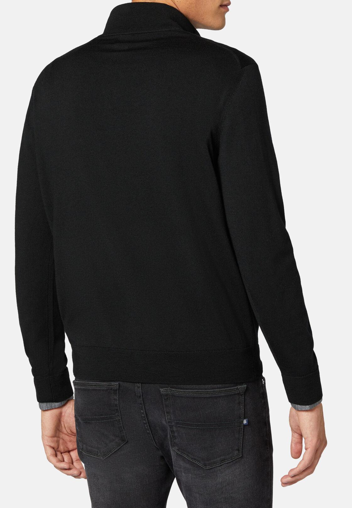 Schwarzer pullover mit halbem reißverschluss aus extrafeiner merinowolle, Schwarz, hi-res