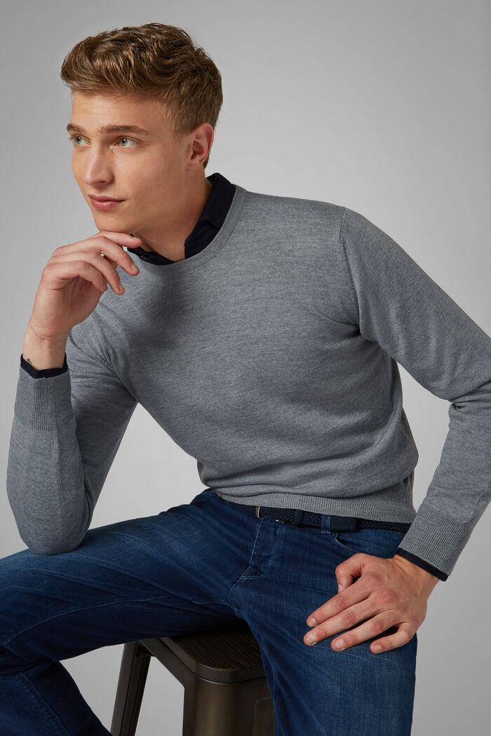 Pullover Mit Rundhalsausschnitt Aus Merinowolle Extrafein, , hi-res