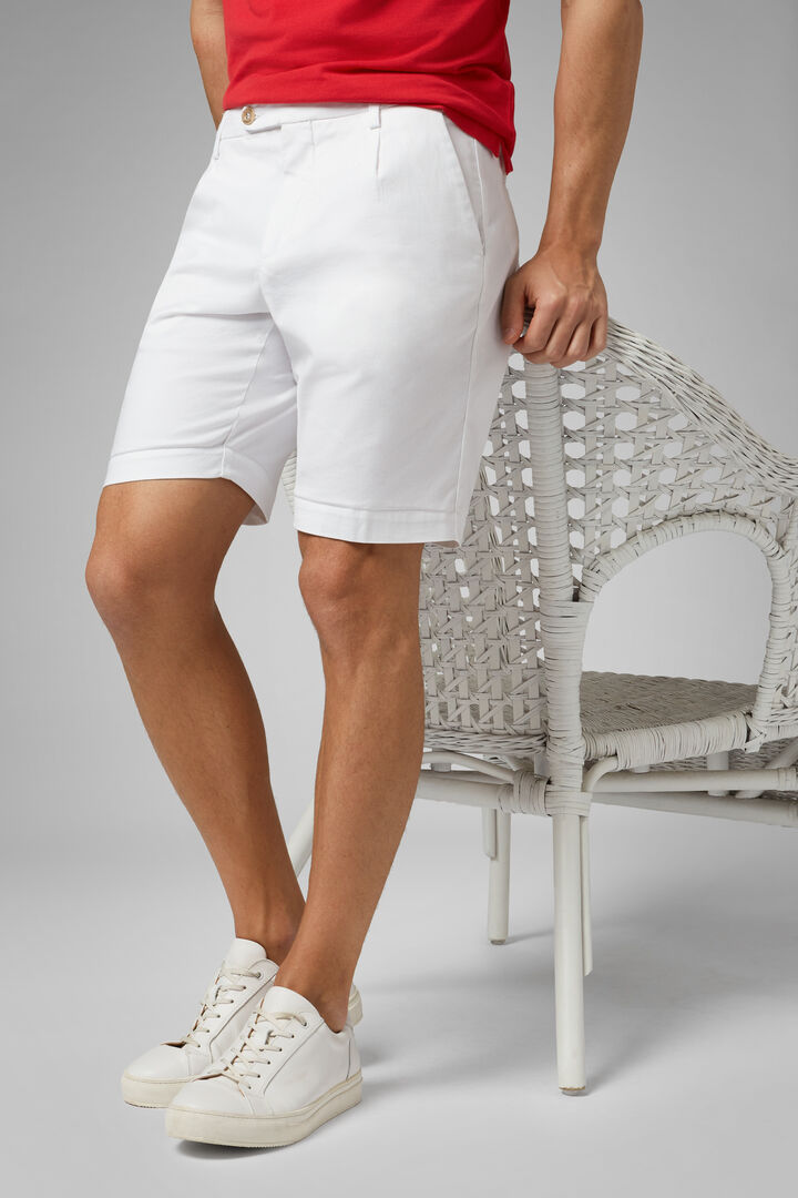 Plain Cotton & Tencel Pleated Bermuda Shorts, White, hi-res