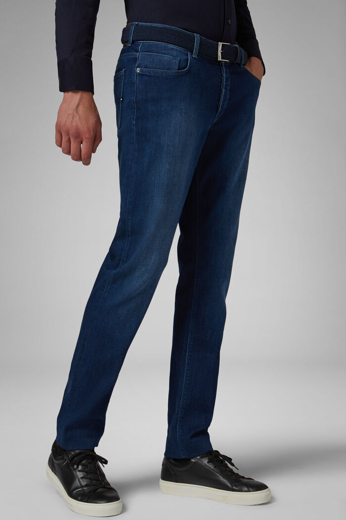 Medium Wash Stretch Cotton Denim 5 Pocket Jeans, , hi-res
