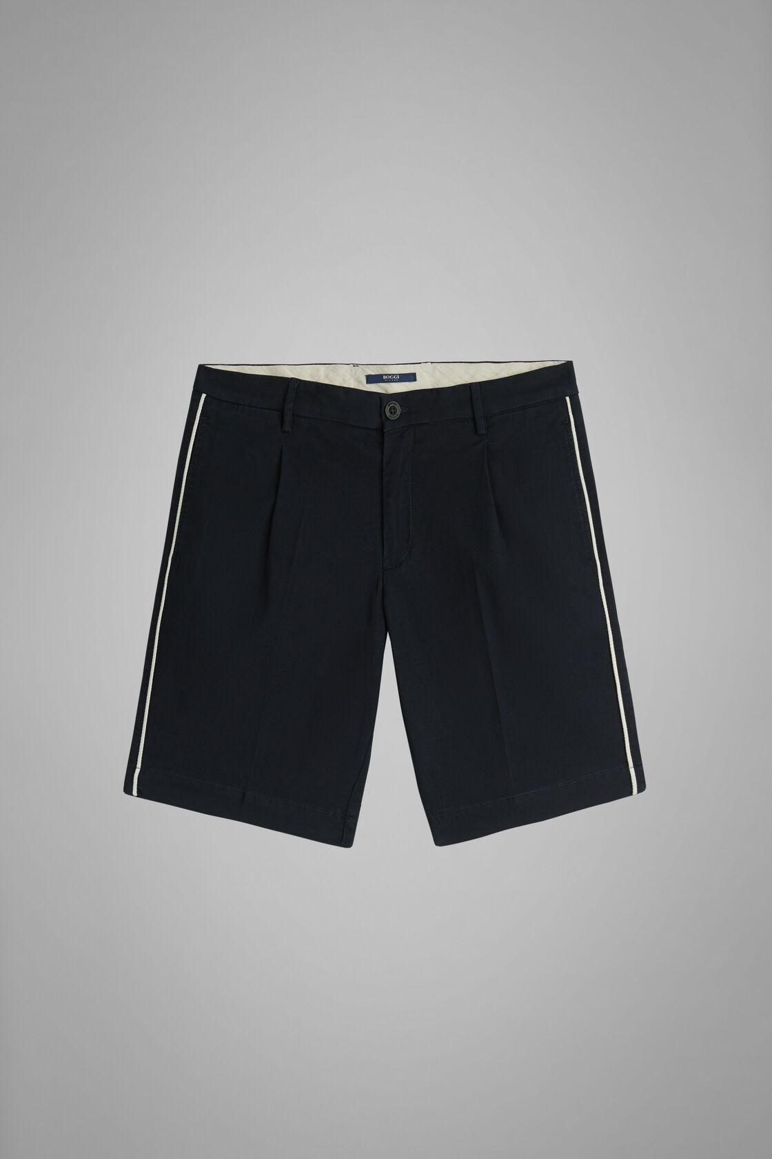 Plain Slub Cotton Pleated Bermuda Shorts, Blue, hi-res