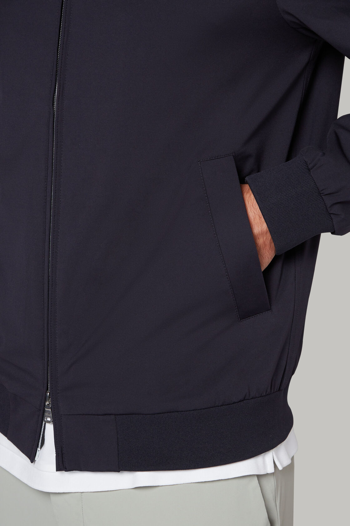 Bomberjacke aus technischem jersey, Navy blau, hi-res