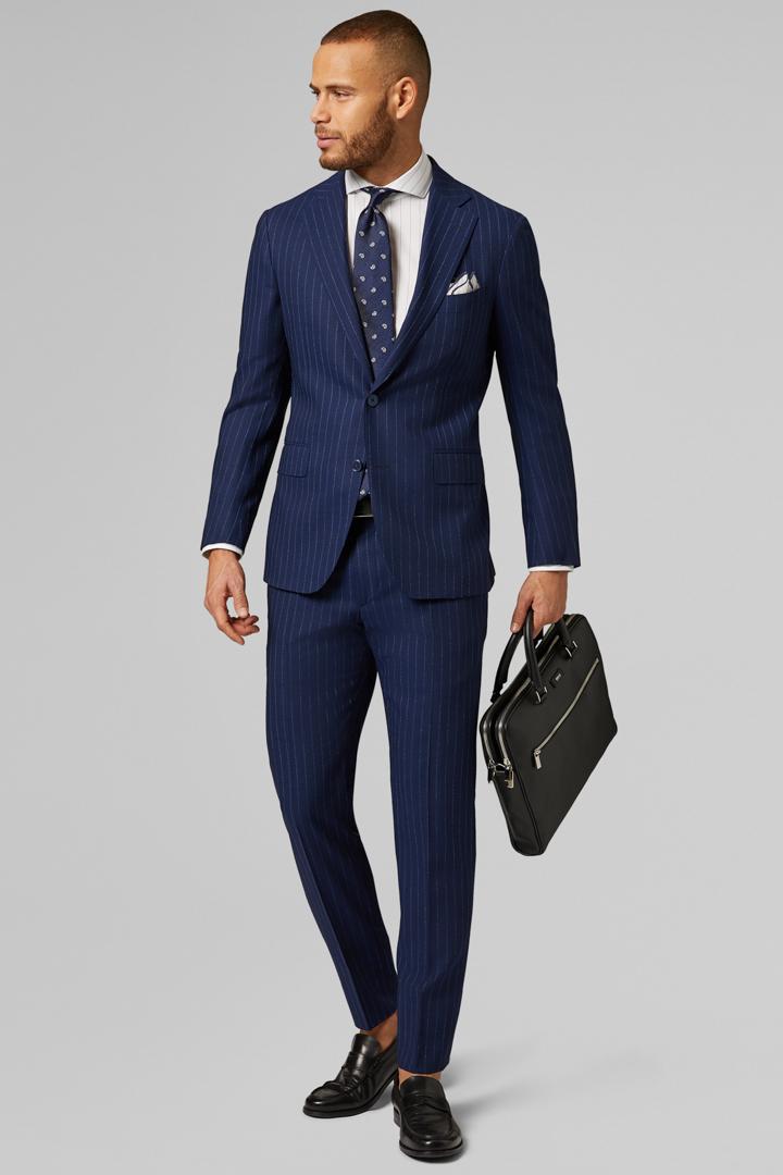 3b5ef667ed45 Abbigliamento Uomo online elegante e casual | Boggi Milano